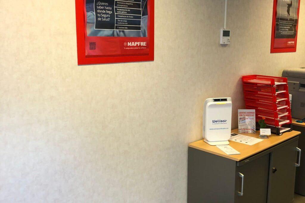 Purificador de aire y superficies Wellisair en oficinas del sector privado